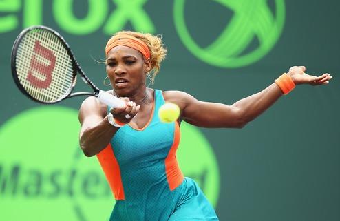 Чарльстон (WTA). Вылет С.Уильямс, волевые победы В. Уильямс и Стосур