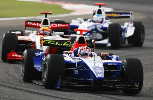 GP2. Сахир. Отличный дебют Вандорна