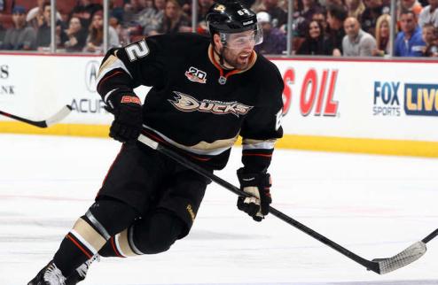 НХЛ. Марун — первая звезда дня