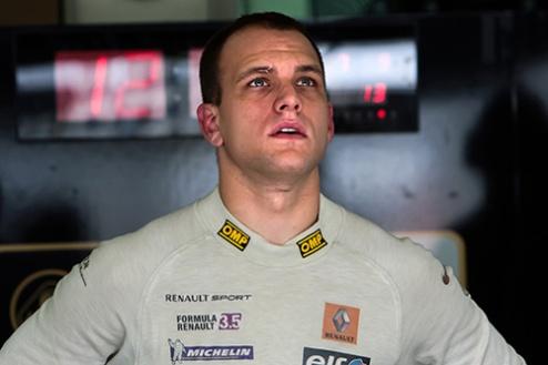 Мировая серия Рено. Серенсен потеряет пять мест на старте второй гонки
