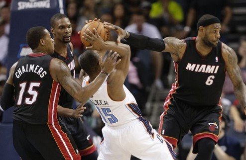 НБА. Хит вышли во второй раунд, Атланта близка к сенсации, Шпоры дожали Даллас