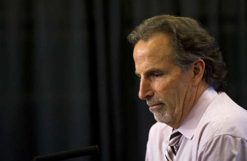 НХЛ. Ванкувер: Торторелла покидает команду
