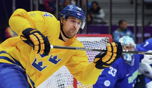 Два шведских хоккеиста отказались от выступлений в сборной