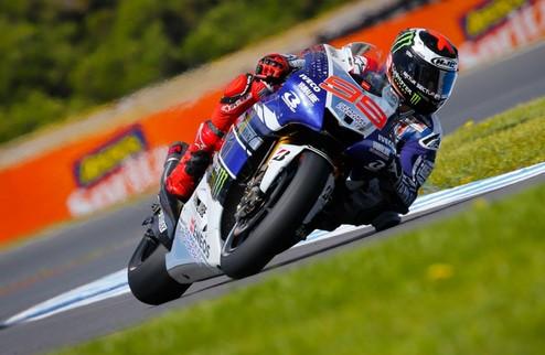 MotoGP. Гран-при Франции. Лоренсо выигрывает свободные заезды
