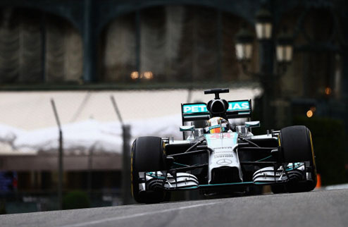 Формула-1. Гран-при Монако. Хэмилтон выигрывает первую практику
