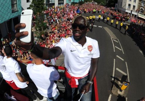 СМИ: Санья — игрок Манчестер Сити