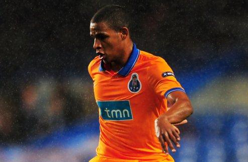 Манчестер Сити покупает Фернандо