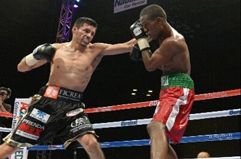 Гонсалес нанёс первое поражение Этвеллу