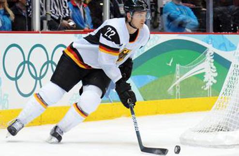 Бакош завершил карьеру професионального хоккеиста