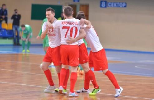 Футзал. Локомотив повел в золотой серии