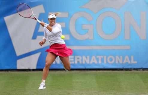 Истбурн (WTA). Кербер справилась с Риске, Радваньска вылетает