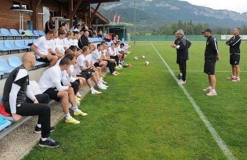Шахтер провел первую тренировку в Австрии
