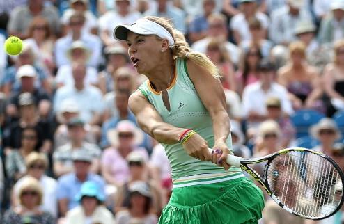 Истбурн (WTA). Характер Возняцки, сход Квитовой