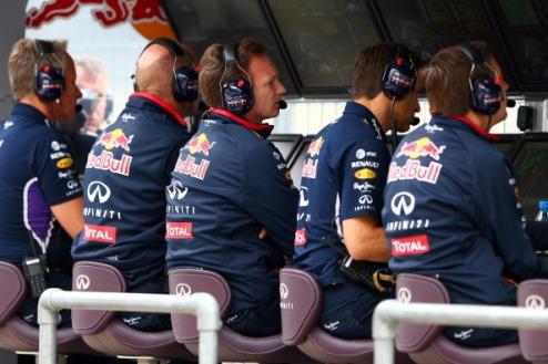 Формула-1. Ред Булл в ужасе от качества двигателей Рено