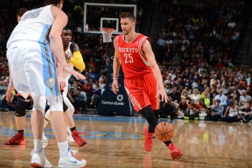 НБА. Хьюстон отказался от года контракта с Парсонсом