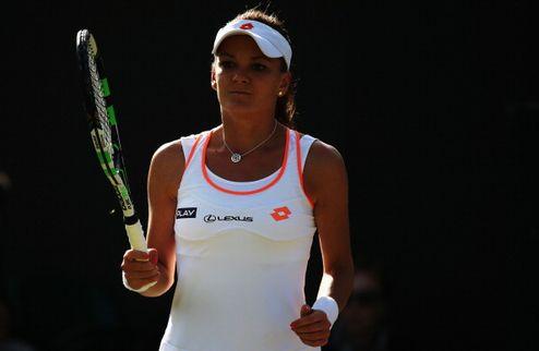Уимблдон (WTA). Фиаско Радваньской, волевая победа Бушар