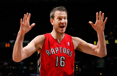 НБА. Торонто обменяет Новака в Юту