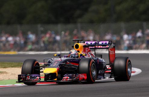 Формула-1. Гран-при Великобритании. Феттель выигрывает третью практику