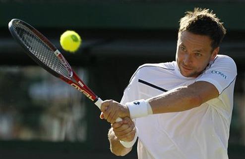 Содерлинг занялся изготовлением теннисных мячей