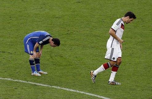 Месси продолжает тошнить от футбола? + ФОТО