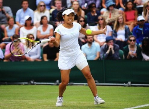 Стамбул (WTA). Нара и Винчи в четвертьфинале