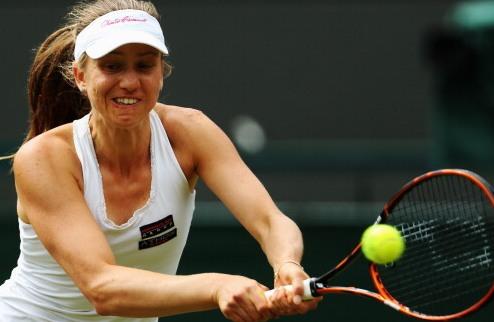 Бостад (WTA). Бартель и Чепелова вышли в полуфинал