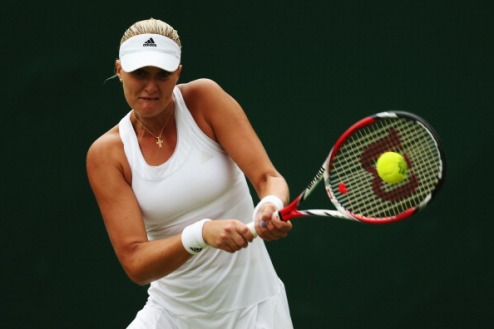Стамбул (WTA). Младенович в полуфинале, успехи Возняцки и Винчи
