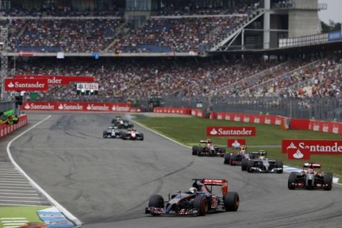 Формула-1. Вернь наказан за срезку трассы