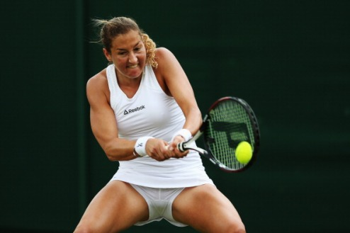 Баку (WTA). Успехи Пеер и Йовановски