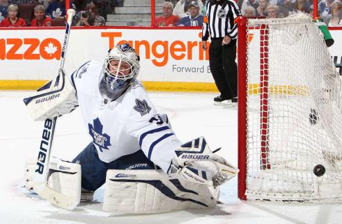НХЛ. Торонто переподписал Раймера