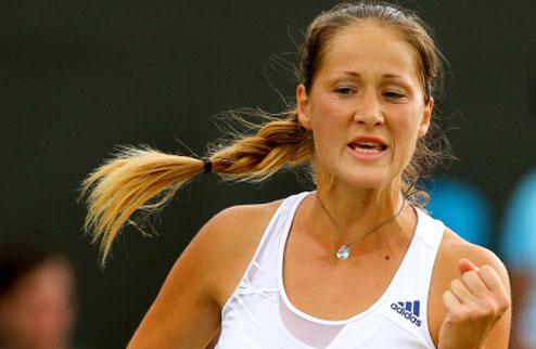 Баку (WTA). Йовановски — первая финалистка