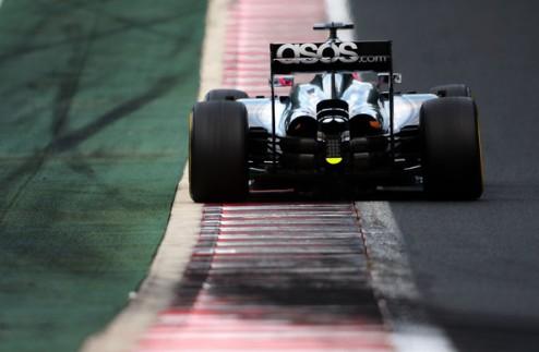 """Формула-1. Баттон рассчитывает на удачный старт с """"чистой стороны"""""""