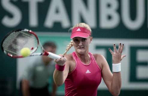 Вашингтон (WTA). Младенович бьет первую сеянную, МакХэйл выбивает Стивенс
