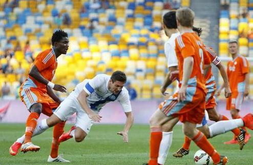 Днепр и Копенгаген завершили первый матч без голов