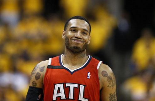 НБА. Атланта переподписала Скотта