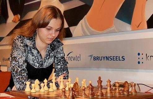 Шахматы. Украинки не смогли обыграть Испанию