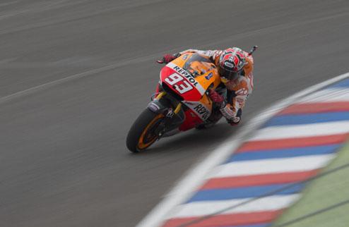 MotoGP. Гран-при Индианаполиса. Маркес выигрывает разогрев