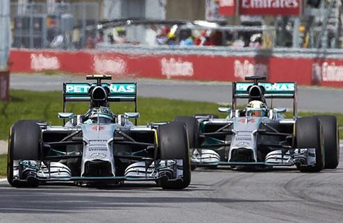 Формула-1. В Мерседесе довольны Хэмилтоном и Росбергом