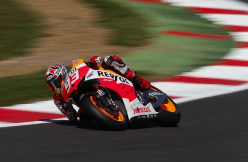 MotoGP. Гран-при Великобритании. Маркес задает темп