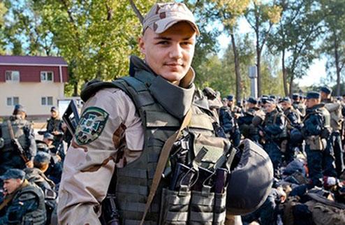 Украинский боксер отправился воевать в зону АТО