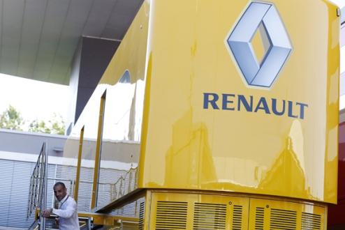 Формула-1. Рено поддержит смягчение запрета на доработку двигателей