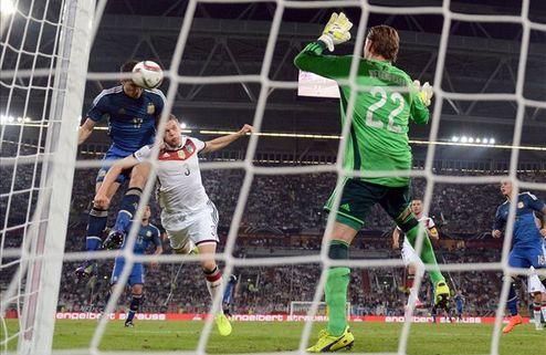 Лев перетрясет состав Германии после поражения Аргентине