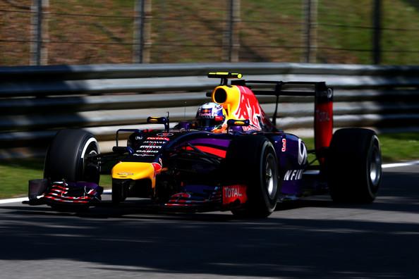 Формула-1. Риккардо расстроен девятым месте в квалификации