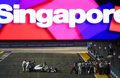Формула-1. Росберг во второй раз в сезоне сошел с гонки