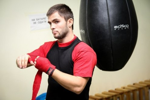 ������� �������� � AIBA Pro Boxing