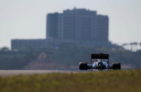 Формула-1. Южная Корея хочет в 2016 году провести ночную гонку