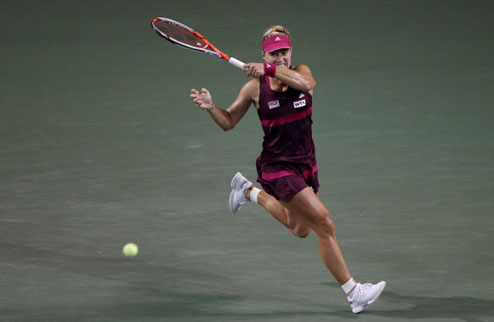 Ухань (WTA). Бащински шокирует Шарапову, Кербер и Бушар в четвертьфинале