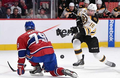 НХЛ. Бостон договорился с Крюгом и Смитом