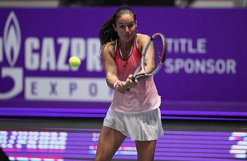 Санкт-Петербург (WTA). Бенчич и Винчи в полуфинале, Цибулкова вылетает