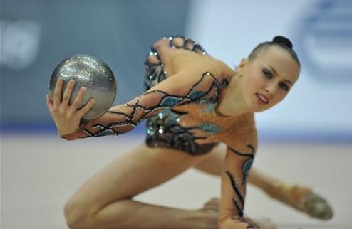 Художественная гимнастика. У Ризатдиновой два золота